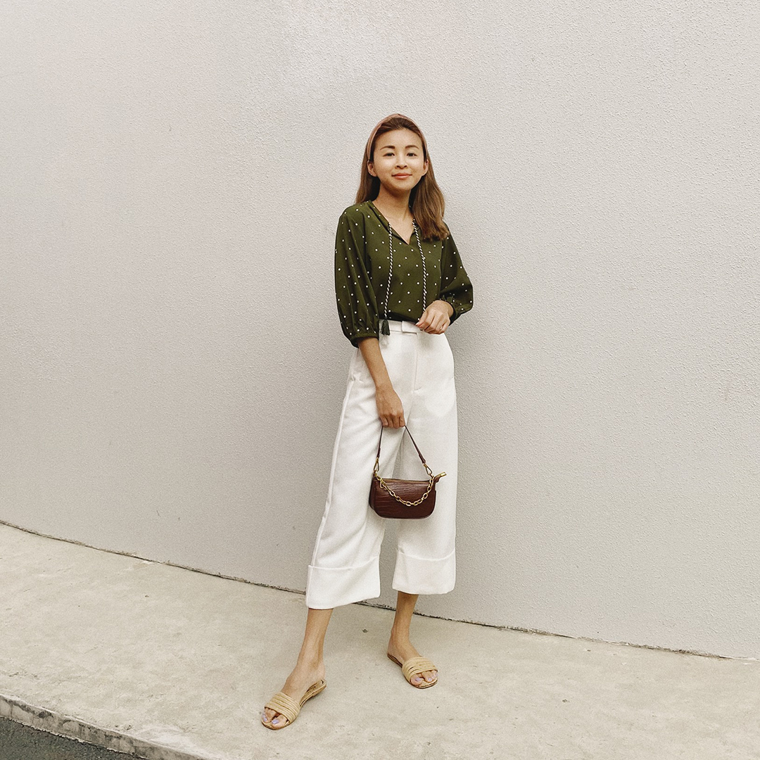 AS SEEN ON @BRIANNAWONGGG - GONDALE TASSEL TOP IN OLIVE