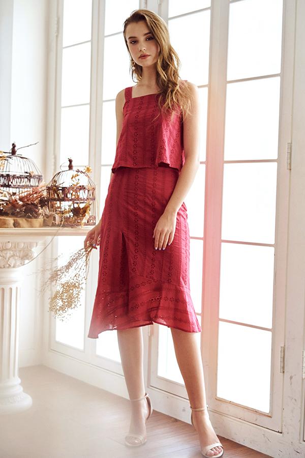 Amie Eyelet Midi Skirt in Brick Red