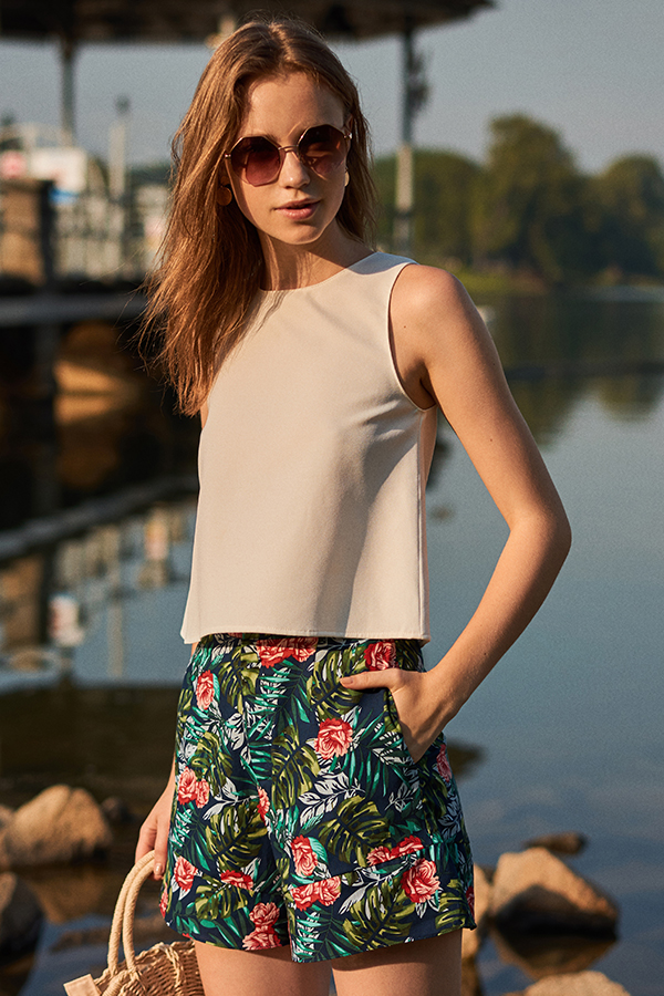 Agnessa Floral Printed Shorts