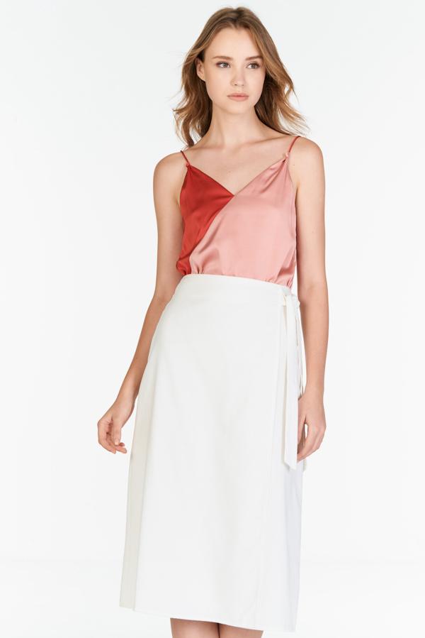 Sahure Midi Skirt in White