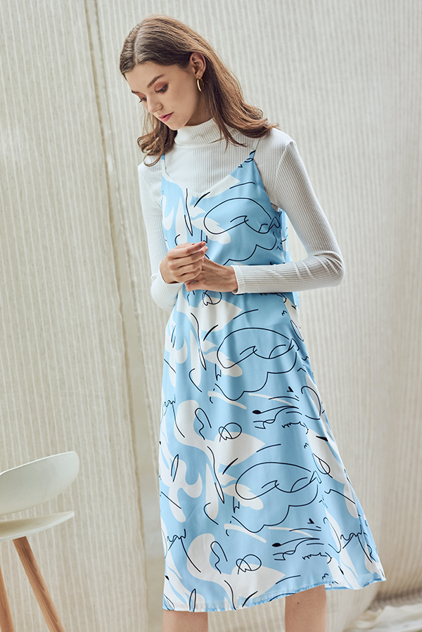ce97b8a97b6e ... Jayle Abstract Printed Two Way Midi Dress. Hover your mouse to view  bigger image Double tap to zoom
