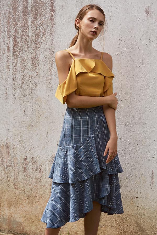 Hanna Ruffled Top in Marigold