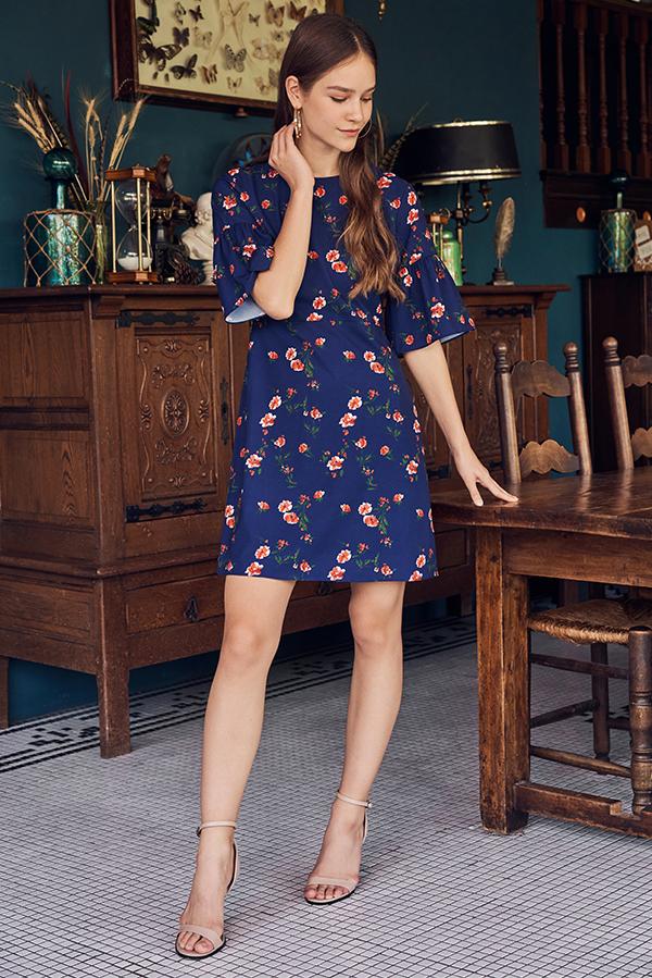 Vivienne Floral Printed Dress in Navy