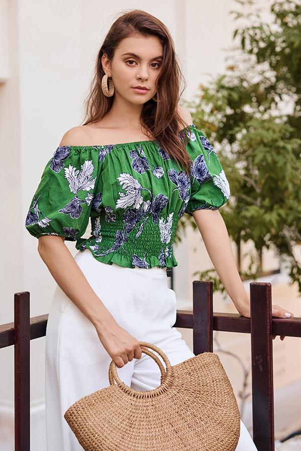 Alynda Floral Printed Off-Shoulder Top in Green