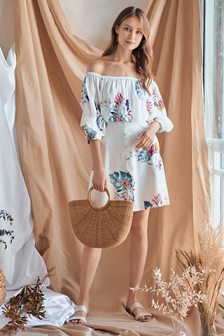 Aliera Floral Printed Dress in White