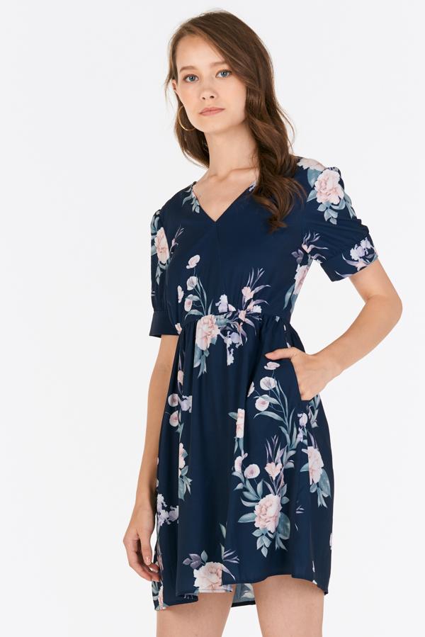Sorinna Floral Printed Dress in Navy