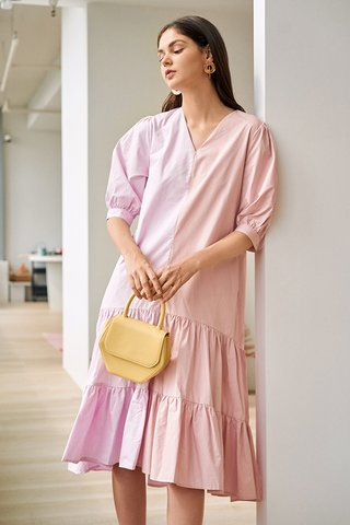 Caily Colourblock Midi Dress in Pink