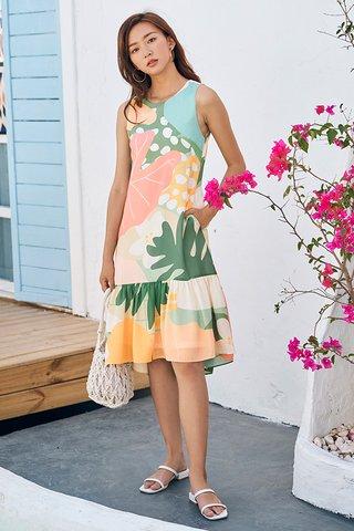 Akemmi Dropwaist Midi Dress in Pastel