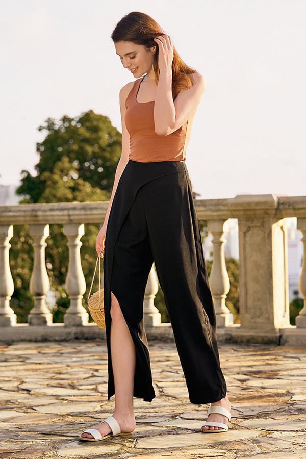 Ivanna Pants in Black
