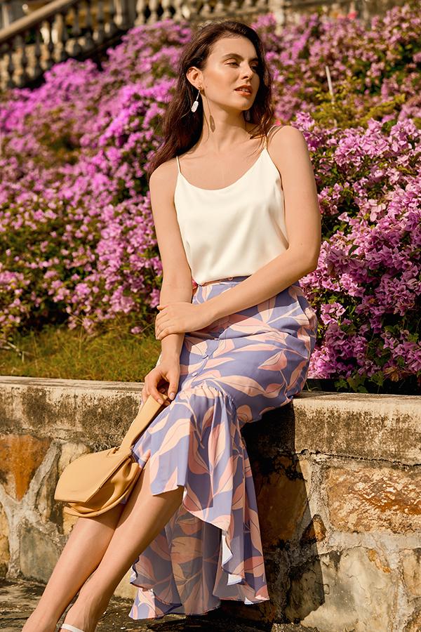 Cadelia Ruffled Midi Skirt in Lavender