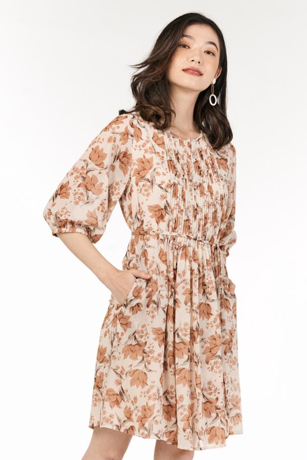 Ferne Sleeved Dress in Cream
