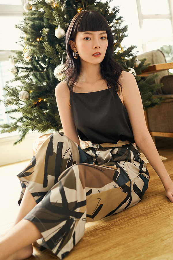 *Backorder* Bayson Satin Two Way Top in Black