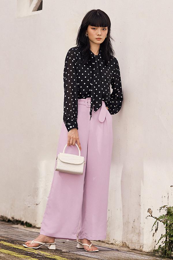 Elania Pants in Lilac