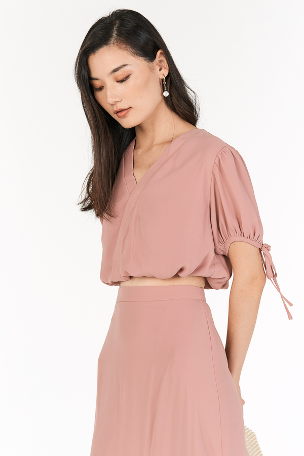 Erinna Top in Dusty Pink