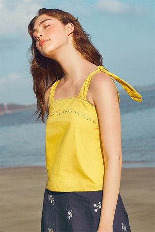 Rindelle Top in Yellow