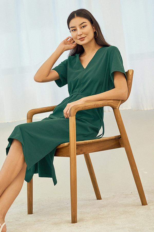 Landor Front Zip Midi Dress in Green