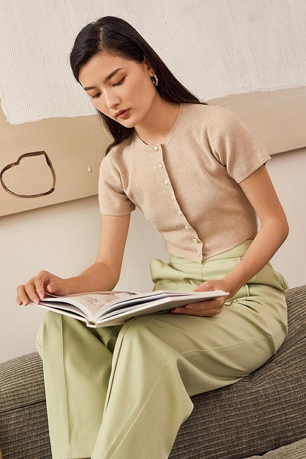 *Backorder* Lida Knitted Top in Oatmeal