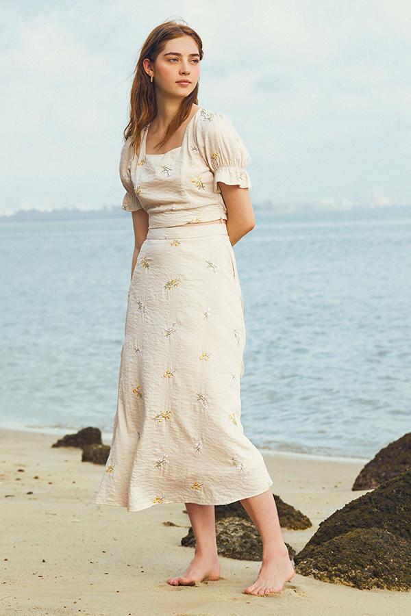Solla Midi Skirt in Cream