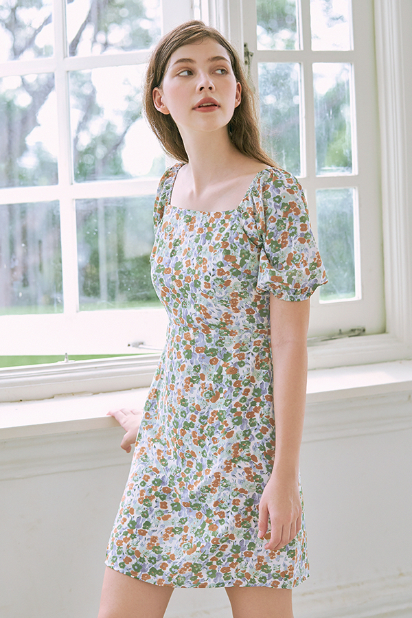 Endria Floral Square Neck Dress in Green